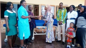 Hon Mariam handing over the beds to the District Health Director